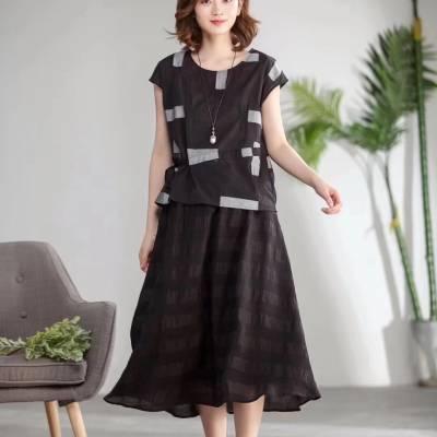 杭州品牌女装折扣精品库存厂家一手货源多种款式批发