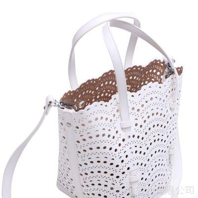镂空包手提新款时尚休闲PU女包简约百搭纯色镂空字母包斜挎手提包
