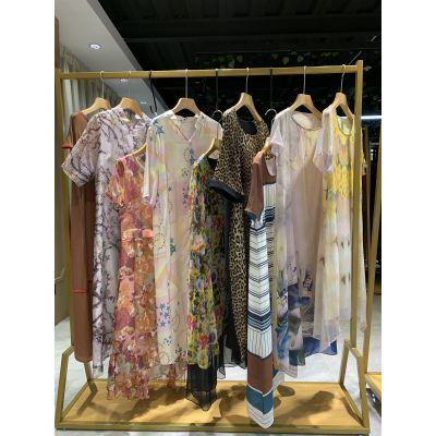 2019年新款风影系列真丝连衣裙休闲时尚女装 风影高端精品女装货源