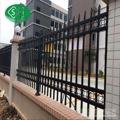 清远火车站前广场围栏,广州围栏网现货 惠州小区护栏网价格