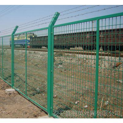 河北厂家供应 框架护栏网 低碳钢丝铁路围栏网