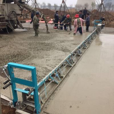 混凝土路面摊铺机 水泥整平机 小型汽油振捣梁