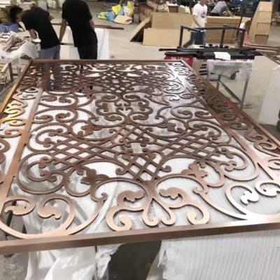 铜板雕刻镀金屏风,铜板镂空钛金花格家居装饰必备