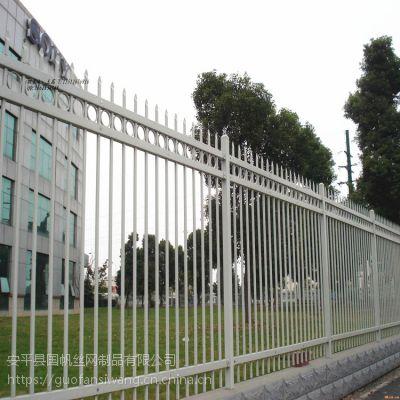 济南市政围栏厂家 公路防护栏杆 厂区锌钢护栏价格