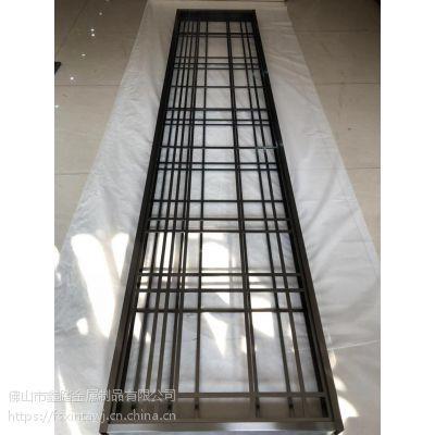 上海品味时尚拉丝黑金不锈钢屏风 酒店幕墙装饰不锈钢屏风工艺说明如下