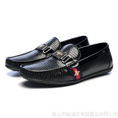 时尚小蜜蜂蜥蜴纹头层牛皮牛内里牛皮鞋垫豆豆鞋