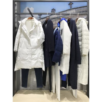 内蒙品牌折扣女装店拿货在哪里拿 附近有库存女装尾货折扣批发市场吗?
