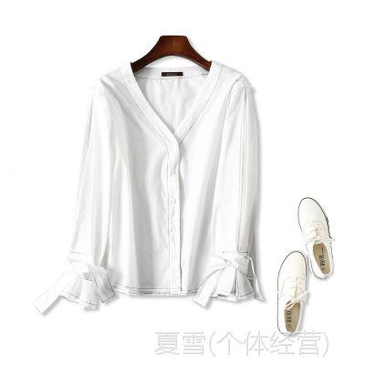 18秋冬新品 时尚简约 藏肉显瘦 V***口蝴蝶结系带白色衬衫上衣女