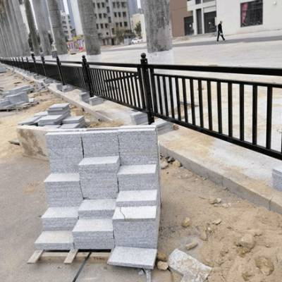 马路中间防护栏 广州路中防撞围栏 清远隔离栏