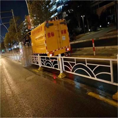 张家口市国六8吨护栏清洗车,环保护栏清洗车