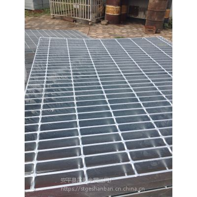 陕西钢格栅板 西安走道板镀锌钢格栅板 水厂用镀锌网格板