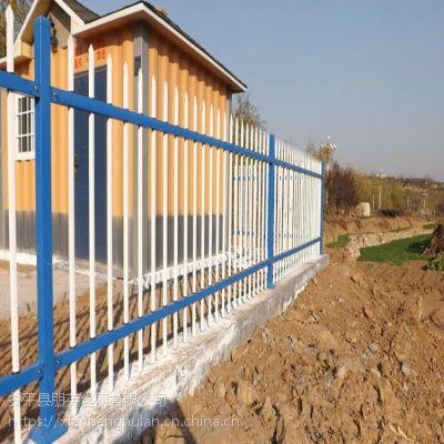 朋英 专业生产双边护栏 、球场护栏 镀锌喷塑 机械加工 汽运 PY-001