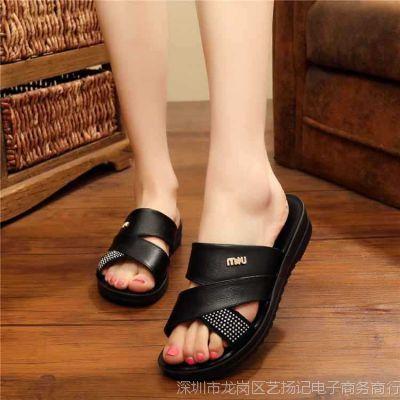 妈妈拖鞋2017新款平底中年妇女中老年人外穿软底舒适防滑凉拖鞋夏