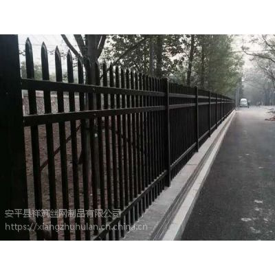 梅州小区围墙铁栅栏 锌钢护栏厂家 草坪护栏