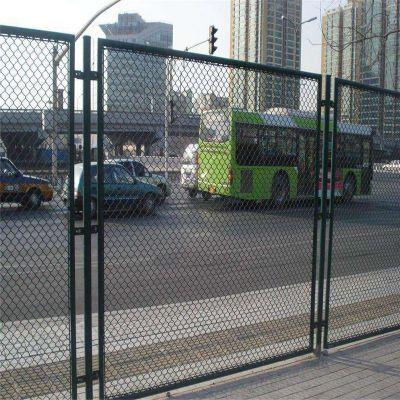 学校操场护栏 运动场围墙网 学校围网网加工