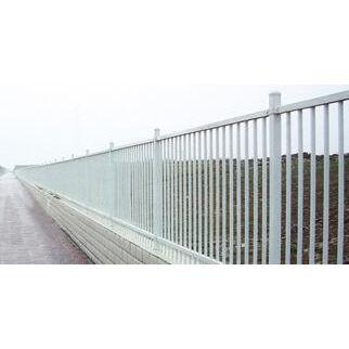 草坪锌钢栏杆哪家好-锌钢栏杆哪家好-临朐桂吉铸造