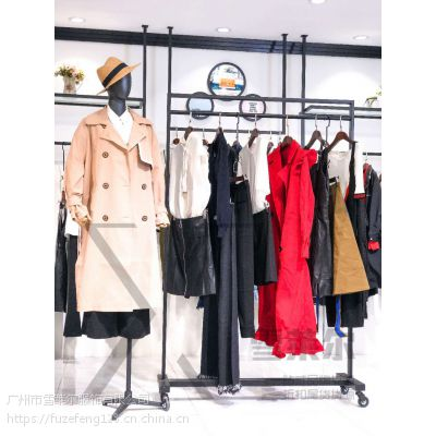 N°28品牌女装折扣2018冬季新款羽绒服一手货源供货平台大码女装新款组货包