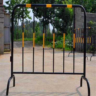 活动隔离围栏l铁马防撞护栏【现货批发铁马护栏】