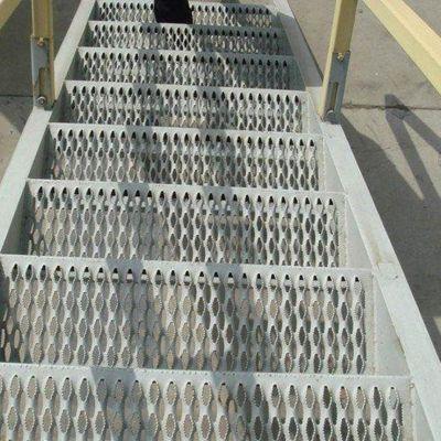 热镀锌踏步板 防滑踏步板 304平面钢格板