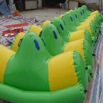 户外水上乐园漂浮物充气游泳池水上浮具心悦游乐厂家直销