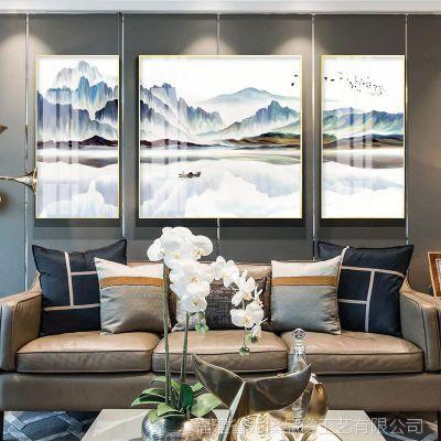 现代客厅装饰画沙发背景墙挂画三联画新中式山水画办公室油画壁画