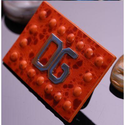 广州服装辅料 吊牌设计印刷 洗水唛 织唛 吊绳 吊拉 拉头 皮牌 绣花章 压章 胶章