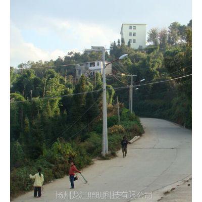 龙江路灯厂家供应安装承德7米太阳能路灯