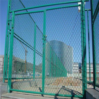 包塑勾花网 山坡防护网 体育场球场围栏