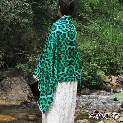 苏州围巾厂,印花梭织围巾苏州加工厂家,到汝拉服饰 源头实力工厂