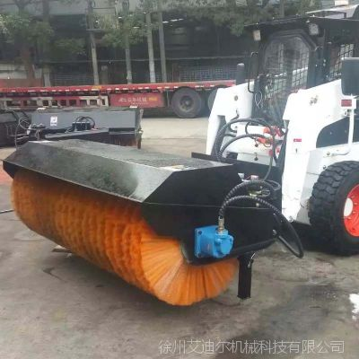 冬季除雪清扫器——龙工铲车改装斜角清扫器 大型扫雪设备
