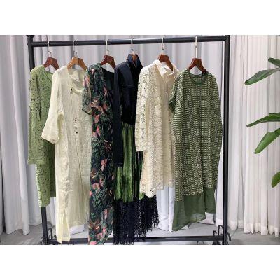 伊系列组合夏装 品牌女装折扣批发 特卖场进货渠道 连衣裙