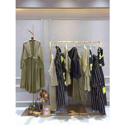 广州专柜品牌实体店马可未一线女装折扣货源剪标