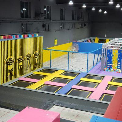 1000平方大蹦床价格 超级大蹦床成人蹦床公园设备直销厂家凯特乐