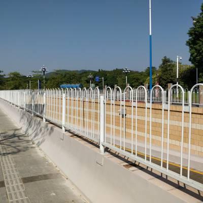 清远京式护栏厂家 马路中心隔离栅高清图 韶关市政交通护栏现货