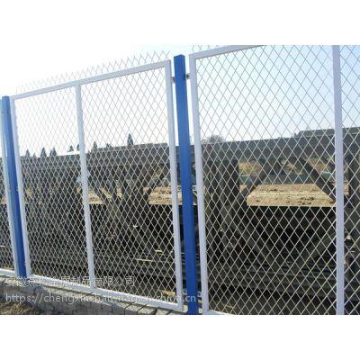 合肥、蚌埠、道路护栏网 球场围栏 养殖围网 园林围栏 小区隔离网 草坪PVC护栏