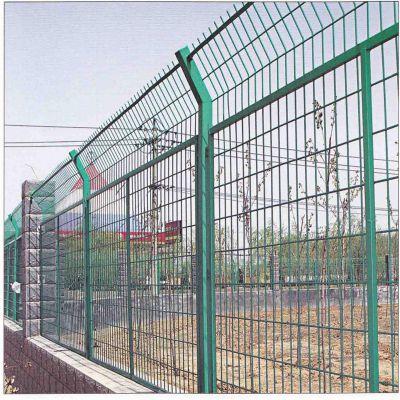 场地铁丝网 绿色金属网 服务区防护栏