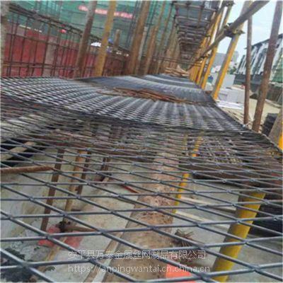 钢笆片脚踏网 0.75*1m菱形钢笆片 建筑钢笆片多钱一吨