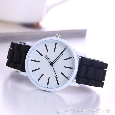 爆款现货硅胶手表日内瓦硅胶带简约镂空指针男女学生情侣石英手表