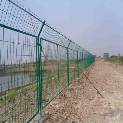 景观护栏网 2米宽隔离网 高速护栏网施工方案