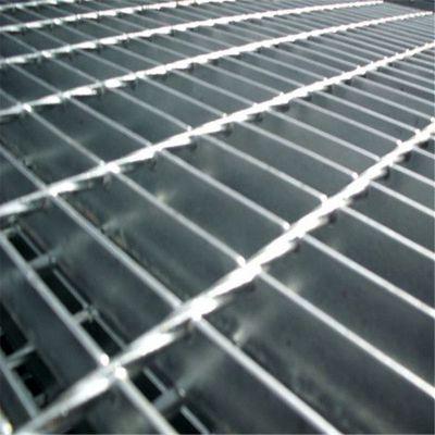高空楼梯踏步板 电厂防生锈钢格板 低碳钢格板价格