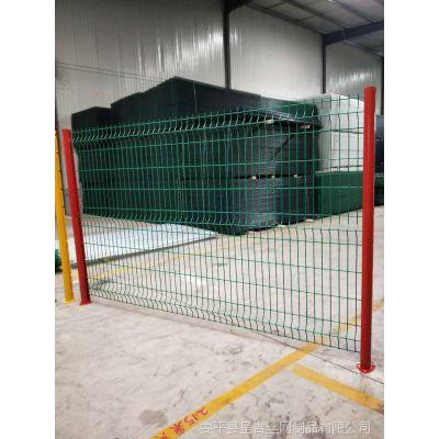 批发定做供应美观大方浸塑护栏网桃型护栏网用于上海天津北京别墅花园小区围墙