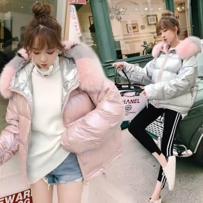 北方气候太冷,素莹羽绒服让你感受温暖 广州健凡服饰常年供应全国各地品牌女装
