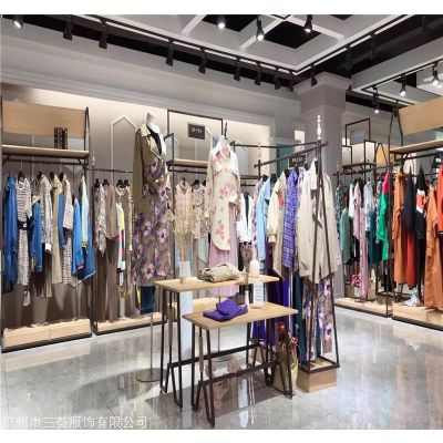 香港虫虫女装品牌折扣店货源\品牌折扣女装货源批发