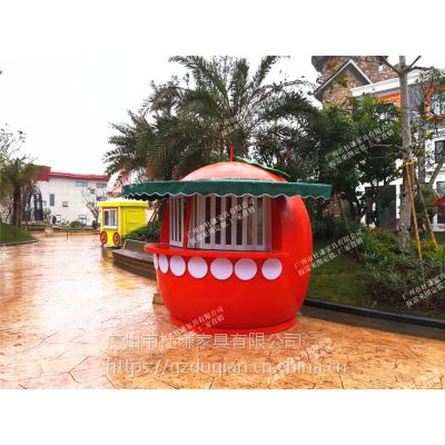 杜谦主题乐园卡通售货亭欧式移动木屋亭天津玻璃钢售货车