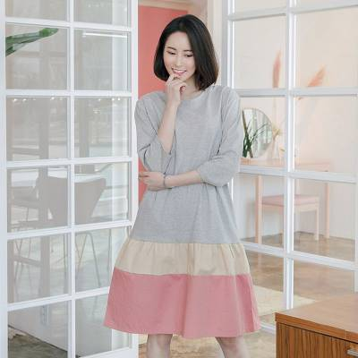 宝莱国际广州石井品牌女装尾货批发市场 女装品牌折扣服饰尾货酒红色连衣裙