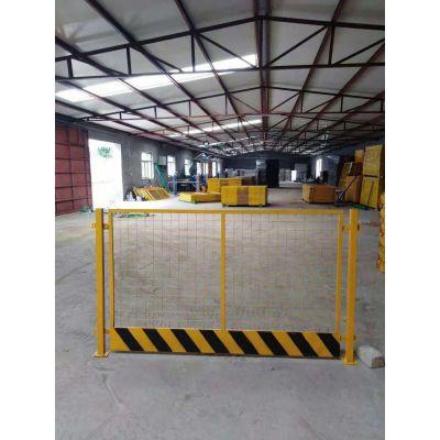 工地临边安全基坑护栏 施工电梯安全门 井口防护网