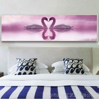 高清仿真油画天鹅湖风景装饰画现代简约沙发背景墙壁画卧室床头画