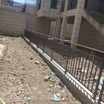 贵州铜仁锌钢护栏厂家批发栏杆型材成品