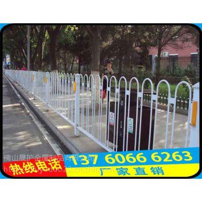 琼海园林广场市政锌钢护栏批发 龙华道路中心防眩光隔离护栏