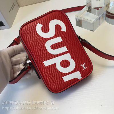 【现货】LV Supreme Louis Vuitton x SUP 联名 小 斜挎 相机包